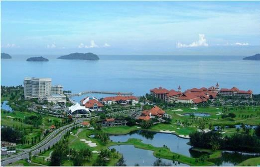 Breakfast at the hotel, and take an early domestic flight to the second largest city in Sarawak, Malaysia.