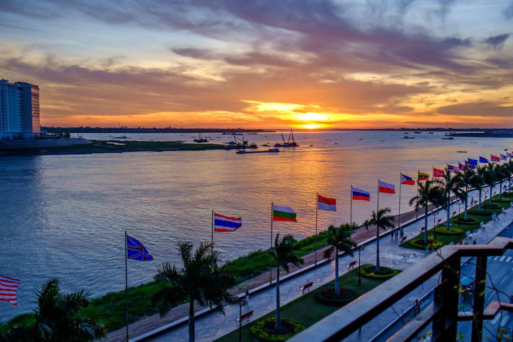 Phnom Penh Riverside, Cambodia. Image © Mild Delirium/Creative Commons