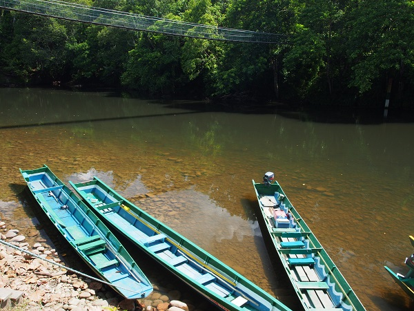 Boats in Temburong National Park, Brunei. Jacob Mojiwat/Creative Commons