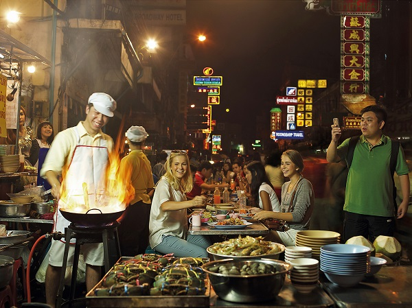 Street Food in China Town, Bangkok. Image courtesy of Tourism Authority of Thailand.