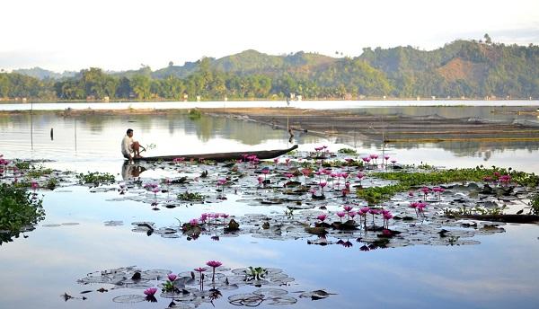 Lake Sebu, South Cotabato, Philippines. Photo courtesy of Jona Branzuela Bering