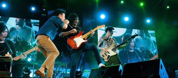 Pattaya International Music Festival 2015 performance