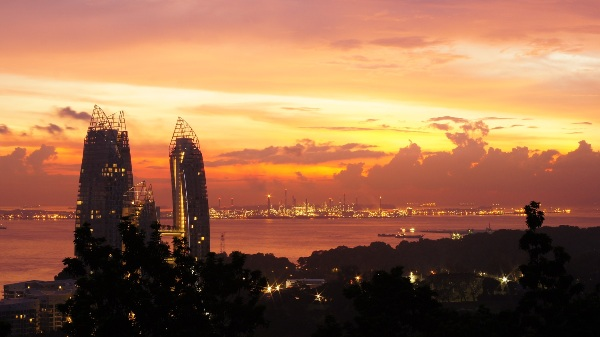 Sunset at Mount Faber. Image courtesy of Aisha Hussein, used with permission.