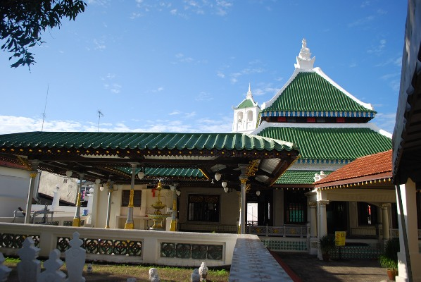 Kampung Keling Mosque. Image courtesy of Mike Aquino.