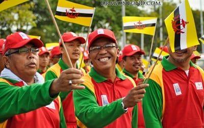 National Day Rehearsal, Brunei / Lisa Omarali / CC-BY-2.0 / Flickr