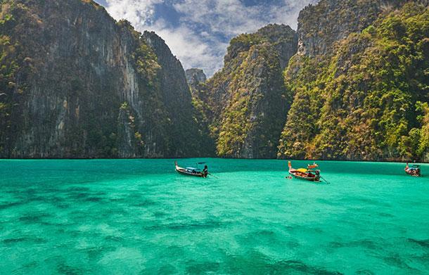 Shallows near Phuket, Thailand. Image © Tourism Authority of Thailand.