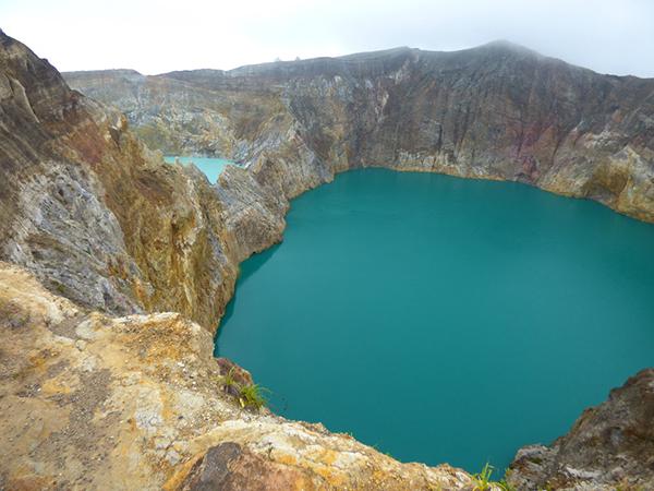 Kelimutu, Indonesia. Image courtesy of the Hot Flashpacker.